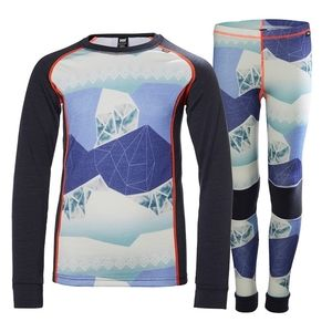 Helly Hansen   base layer outfit